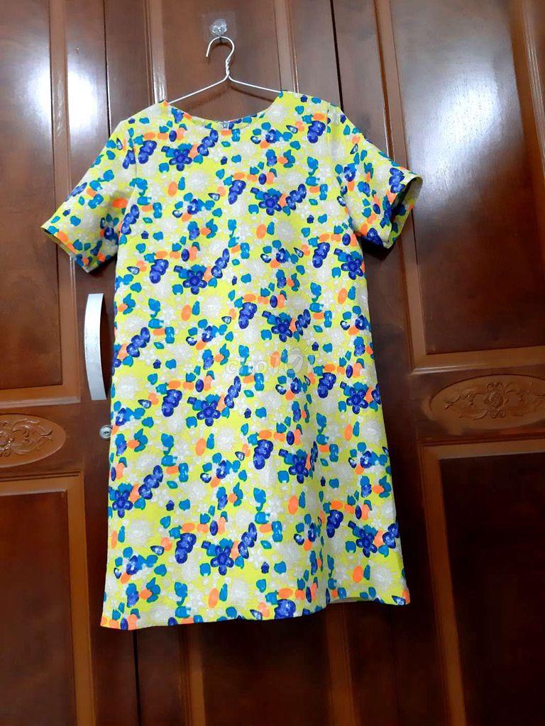 Váy đồng giá 30k