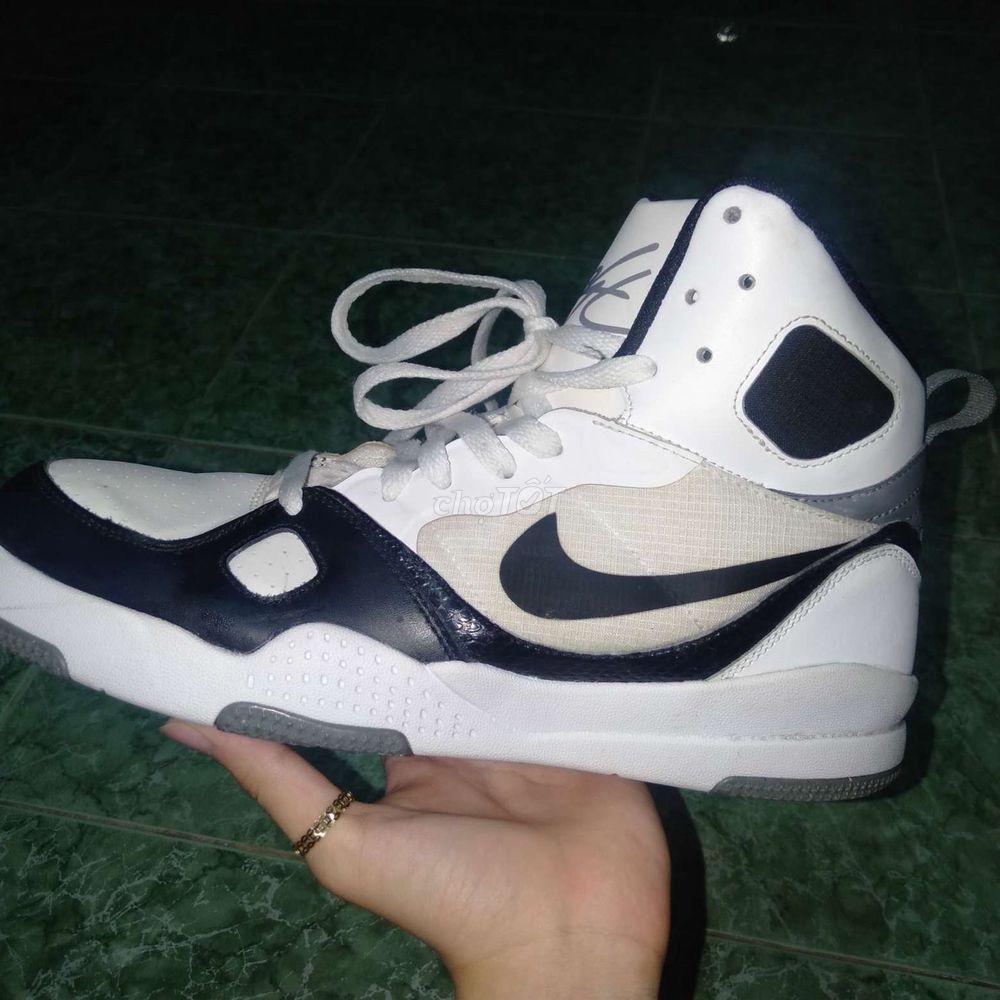 Giày Nike Lifestyle (giá cả có thể thương lượng)