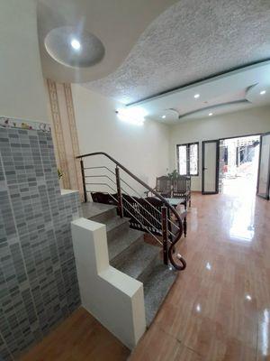 nhà 2 tầng 35m2 độc lập ngõ 213 Thiên lôi