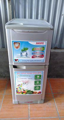 Cần bán tủ lạnh sanyo 151 lit