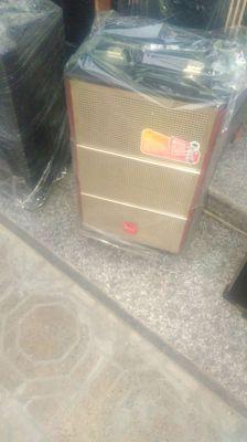 Cần mua loa kéo hát karaoke cũ hoặc đã hỏng