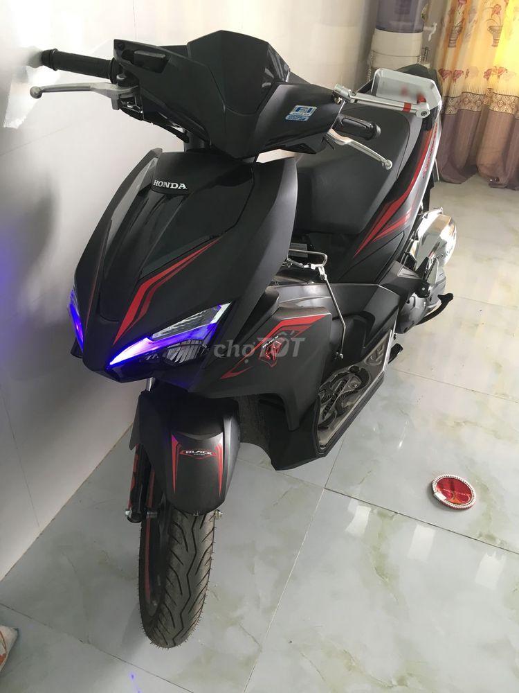 Honda Air Blade 2017 đen nhám