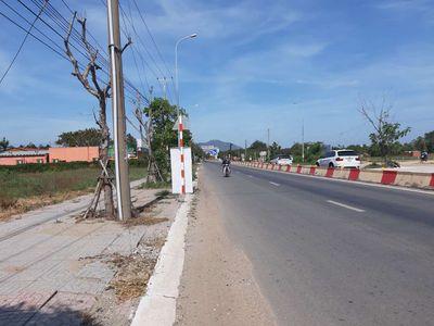 Đất mặt tiền đường 44a đi biển Long Hải