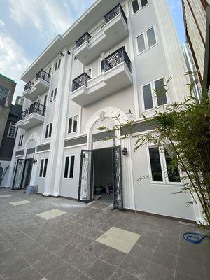 Cho thuê phòng mới xây nội tất ngay Phạm Văn Đồng