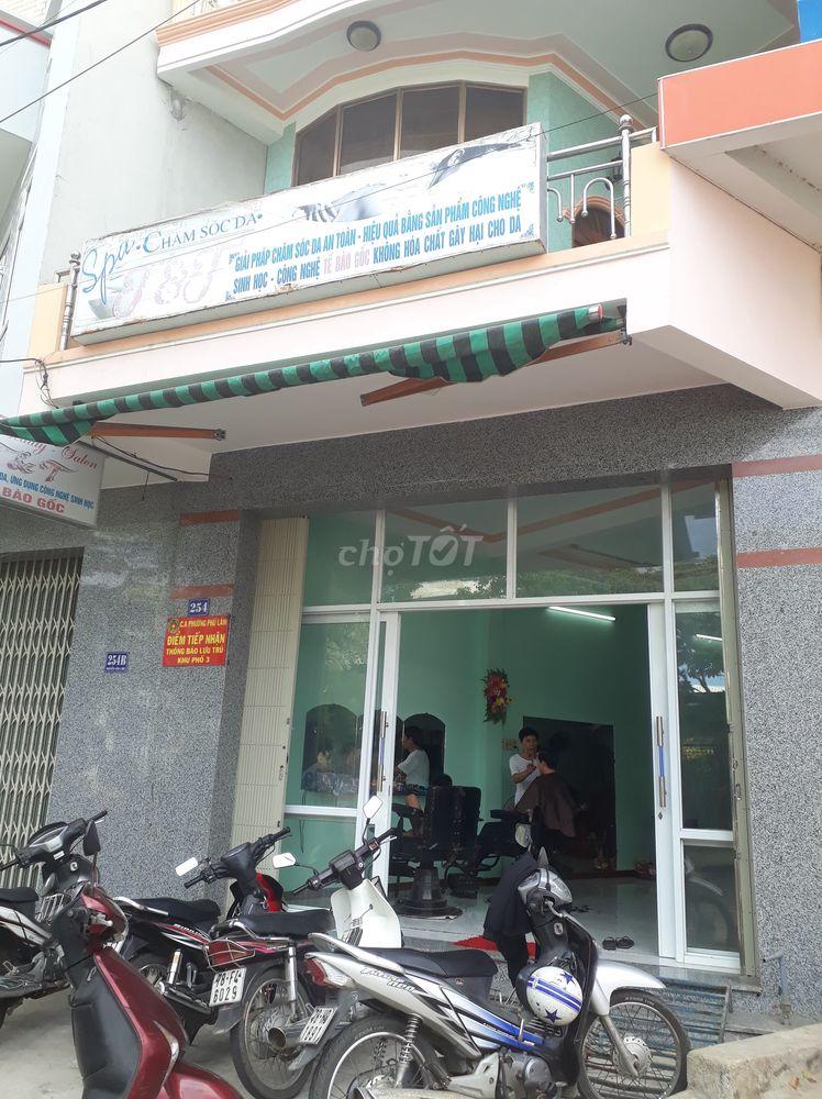 Bán nhà mặt tiền đường Nguyễn Văn Linh, TP Tuy Hòa