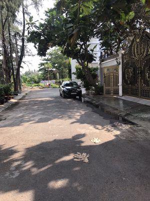 Nhà hxh đỗ cửa 5.65x10m đường số 28 P6 Gv
