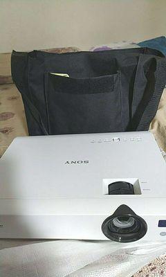 Máy chiếu Sony VPL-DX100 còn mới nguyên full box