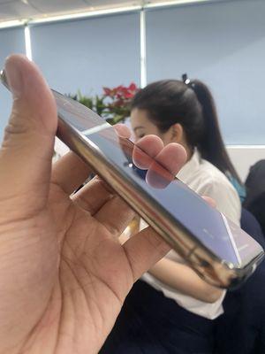 Cần tiền ra đi iPhone 11 pro 64gb còn mới cứng
