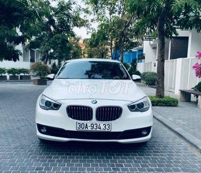 Bán BMW 528GT màu trắng kem sx 2015