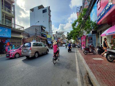 Bán nhà mặt tiền rộng Trần Nguyên Hãn, LC, tp. HP