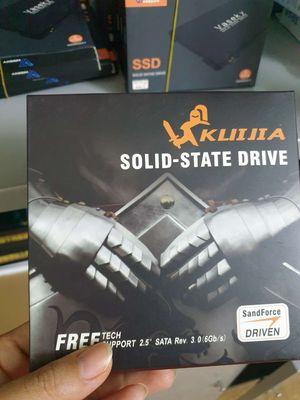 Ổ cứng SSD  128g, 240g.