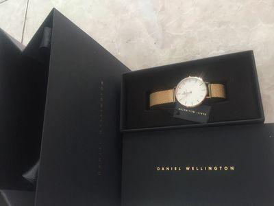 Đồng hồ dw nữ size 32mm chính hãng