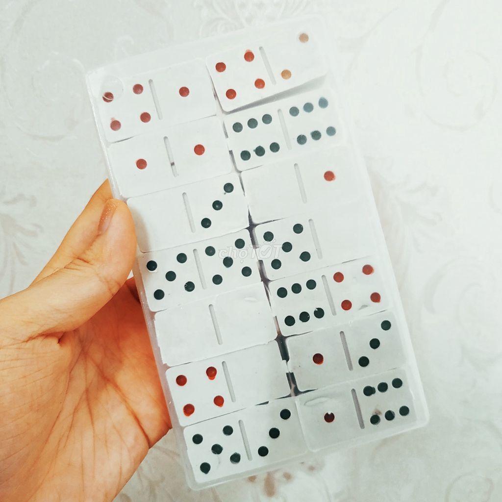 0767708120 - 15k. Bộ domino đồ chơi trí tuệ cho bé