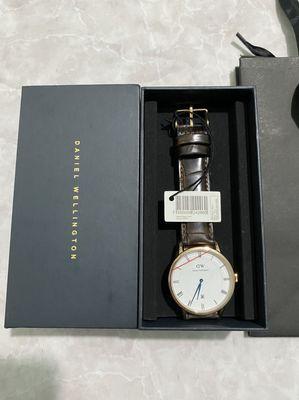 đồng hồ dw dappe kim xanh size 38mm