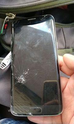 Xác Samsung Galaxy S7 Edge Đen