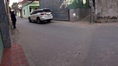 Bán đất Cổ Loa trục đường nhựa, ô tô tránh nhau