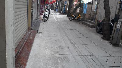 Nhà Bạch Mai 61m2. MT 4.6m Lô Góc Oto Kinh Doanh.