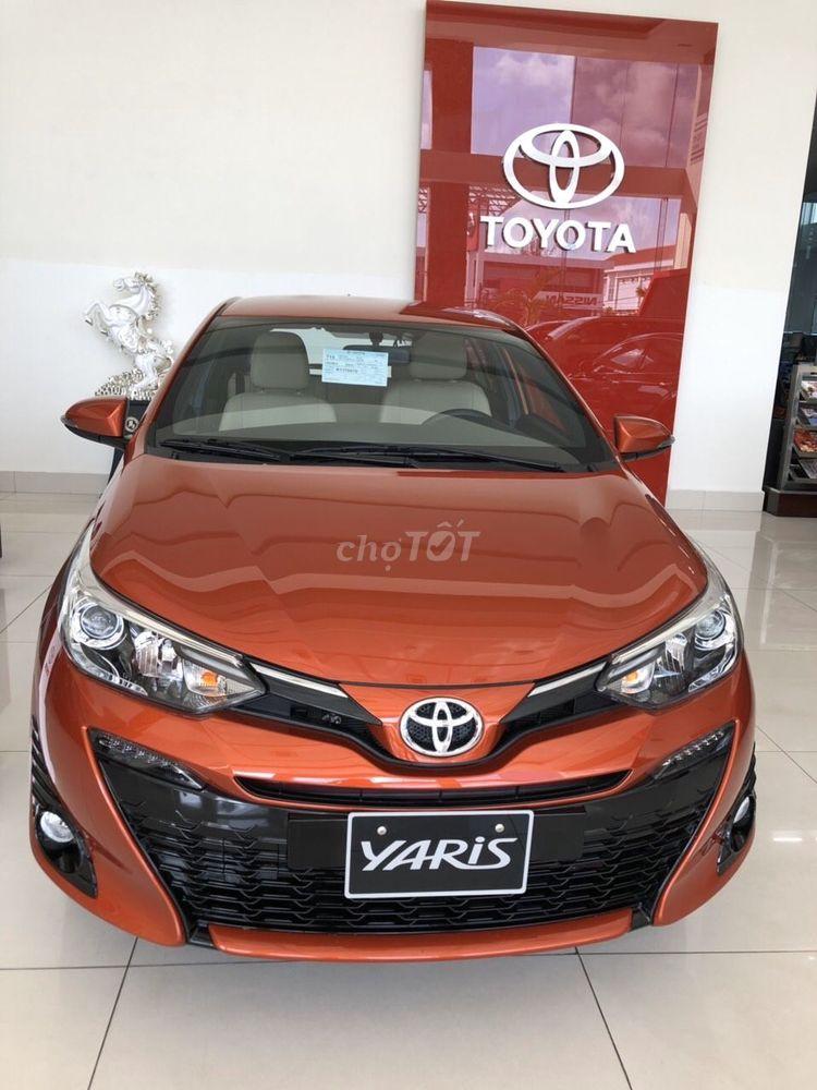 Toyota Yaris KM TỐT THÁNG 08, GIAO XE NGAY