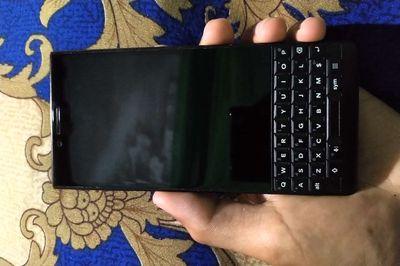 Blackberry Key2 2 sim chính hãng VN đẹp 98%