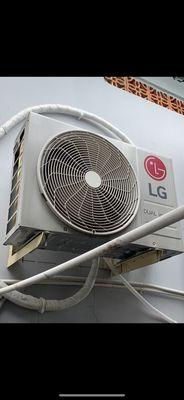 Máy lạnh LG 1.5ngua mới mua 5/2020