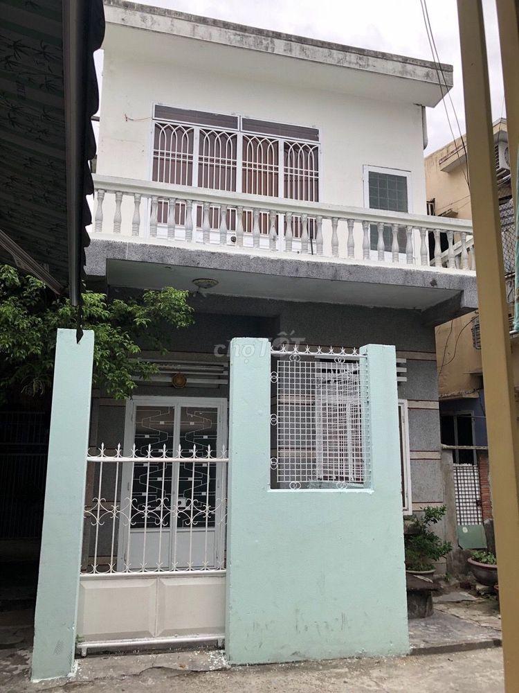 Căn nhà đẹp mua vào sửa ít, giá sập sàn dưới 3t