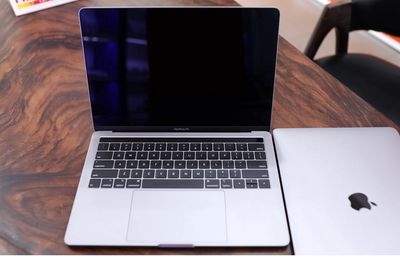MAC__( I5 - Gen 8)RAM 8Gb( SSD ) APPLE PRO 2019