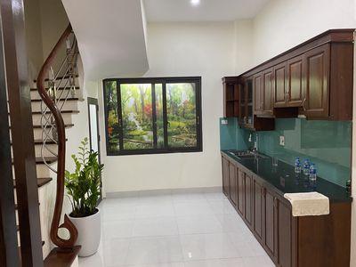 Chính chủ cần bán nhà tại Phạm Văn Đồng kdoanh đc