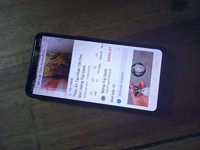 Oppo A3S Đen bị nứt màn vẫn dùng bình thường