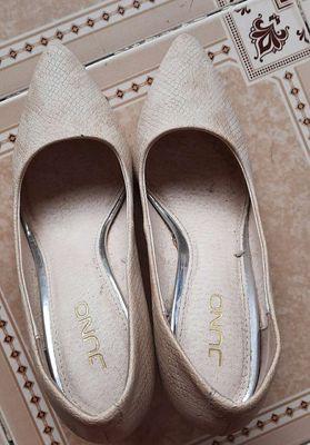 Cần bán giày Juno gót nhọn, size 37