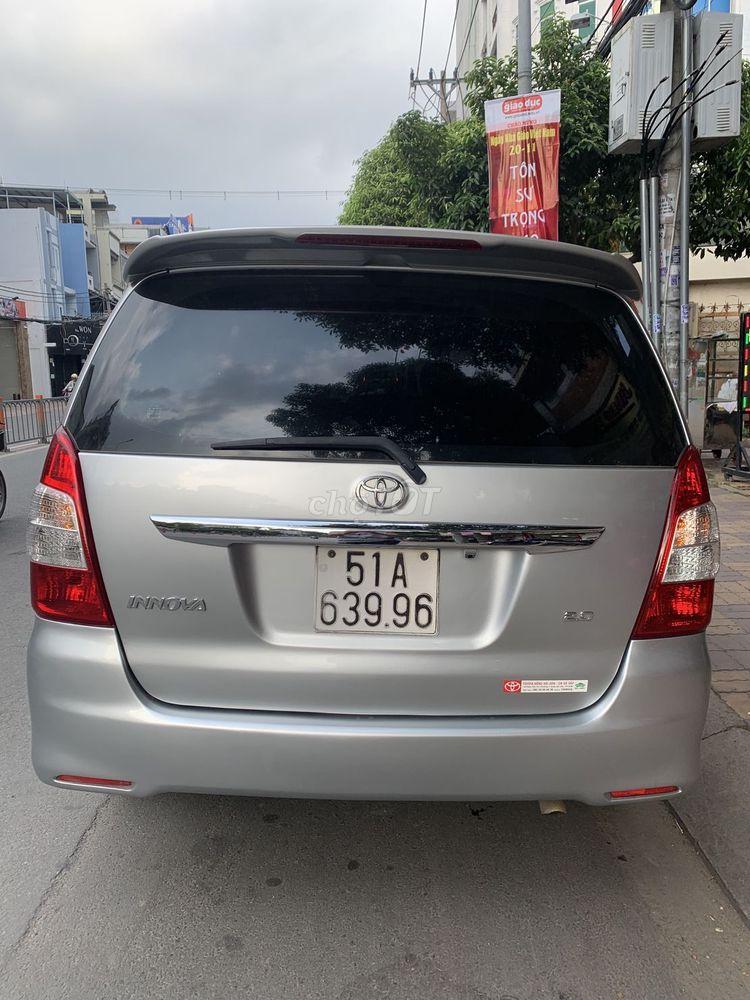 Toyota Innova đời cuối 2013 bản cao cấp 2 túi khí