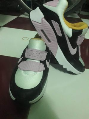 Giày nike nữ, màu hồng, size 36.37(fix)
