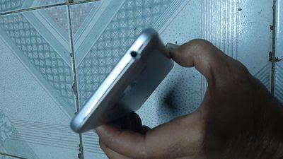 Minh du 1 may Samsung j2 4g