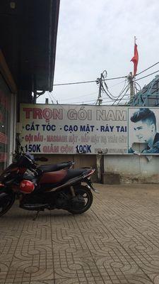 Nam Giữ Xe Tiệm Sài Gòn Tóc - Đỗ Xuân Hợp Q9