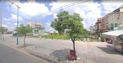 Cần bán lô đất MT đường Kênh Tân Hóa, gần đầm sen