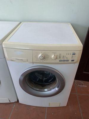 0376417704 - máy giặt Electrolux dòng 6_52kg như hình chuẩn