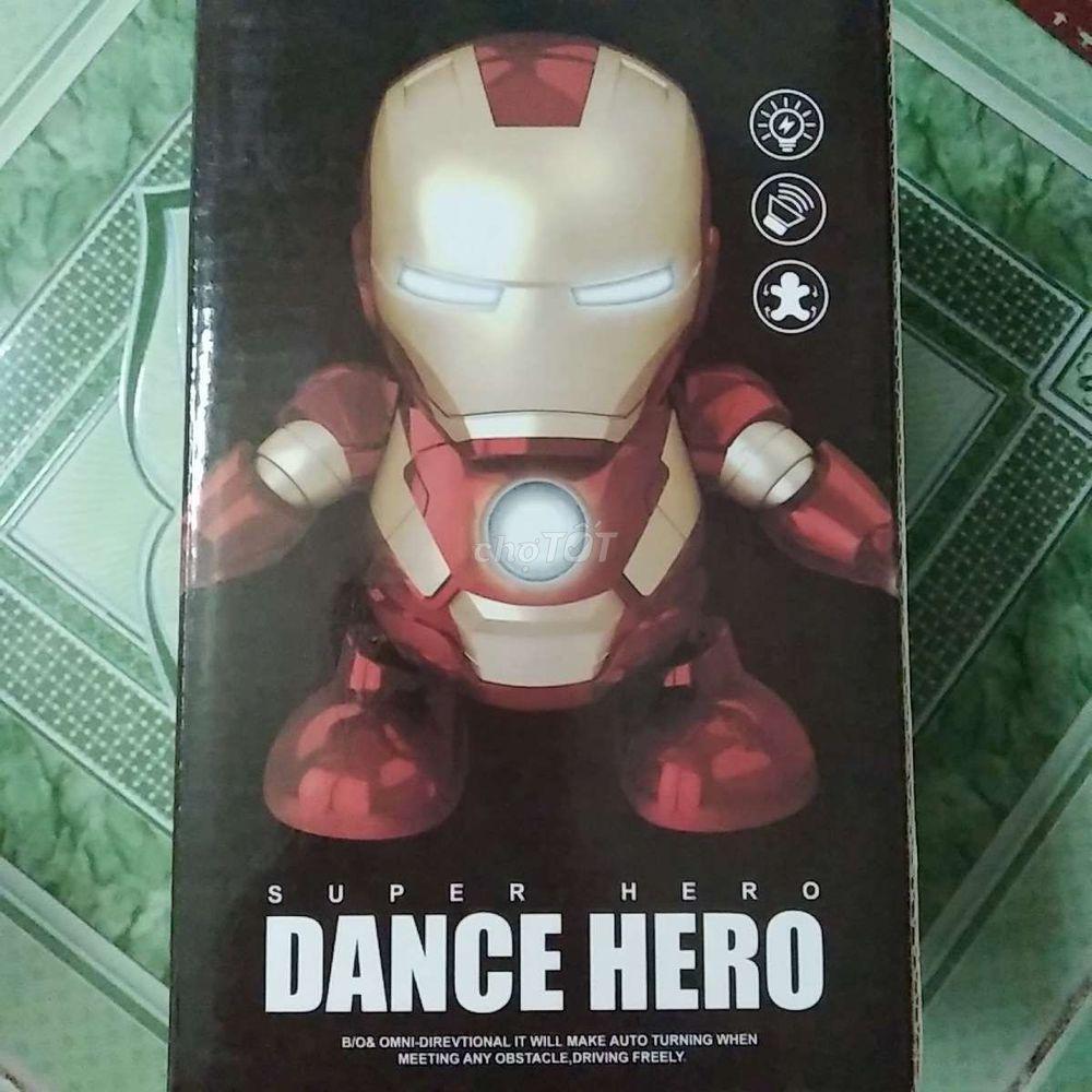 Ironman nhảy theo nhạc cho bé