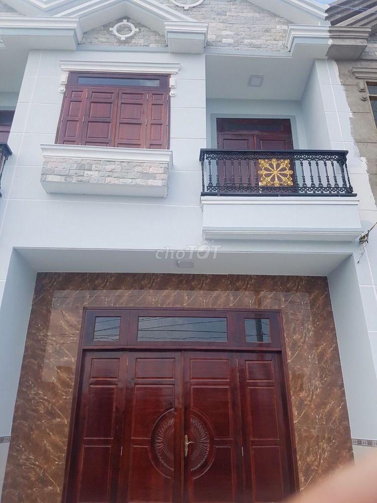 Nhà 90m2 Hương lộ,11 xã hưng Long . Sổ hồng riềng