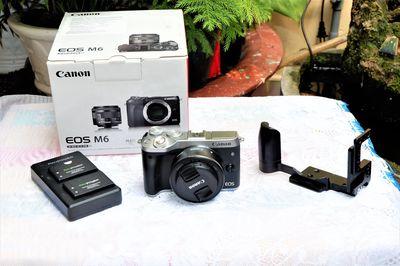 Máy ảnh  #Canon  #M6 và lens 22F2 chính hãng