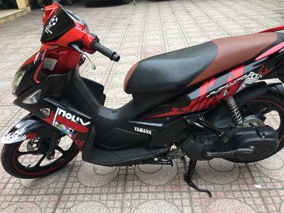 Yamaha Nouvo LX tem caro Dán Nilong cả xe