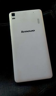 Lenovo A7000 Trắng