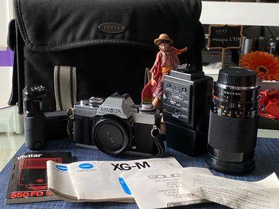 Máy ảnh cơ MINOLTA XG-M (film), lens 35-200mm