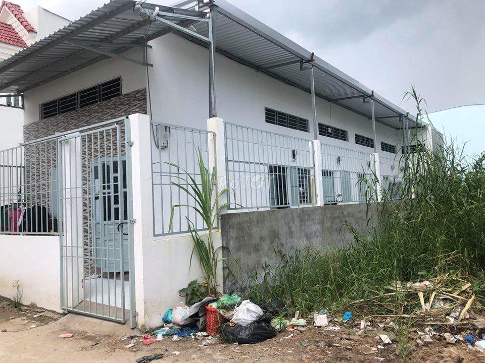 Bán trọ 95m2/785tr Nguyễn Văn Quá , Quận 12 shr.
