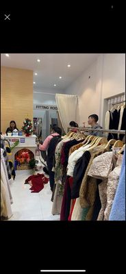 Shophouse TyNa Shop 65m² full áo quần
