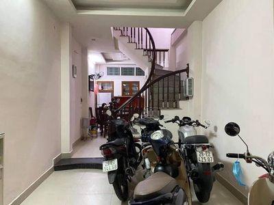 Nhà đẹp – ngõ nông – phân lô Phố Hào Nam, 36m2,4Ty