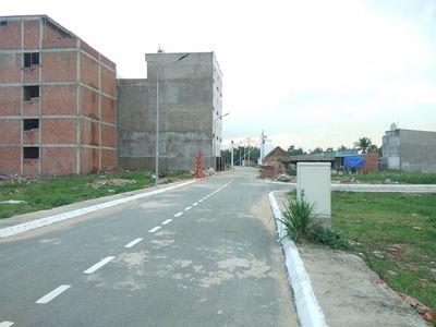 Bán 3 lô đất đường Nguyễn Hoàng, Q2 giá 2ty3/90m2