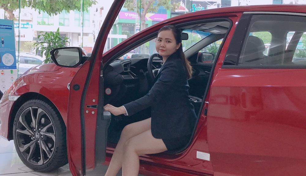 Cửa hàng Tuyền Honda Oto Cộng Hòa