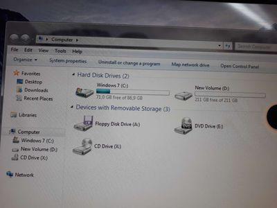 PC_ GYGABYTE 4GB 320GB 8400@