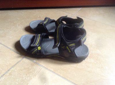 Sandal Btis sz 40
