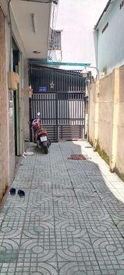 Nhà 1 trệt 1 lầu, hẻm đường bến Phú Định. P16 q8