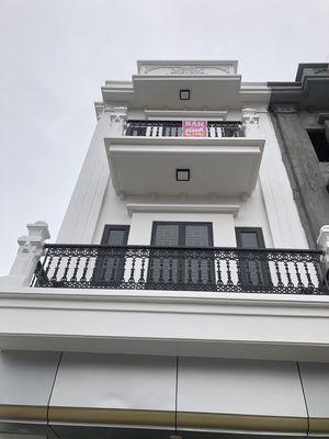 Nhà 3 tầng Phù Liễn - Kiến An, oto đỗ trong nhà